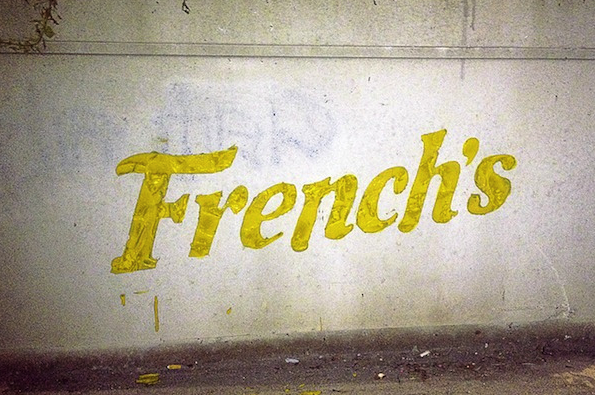 Logo_French's